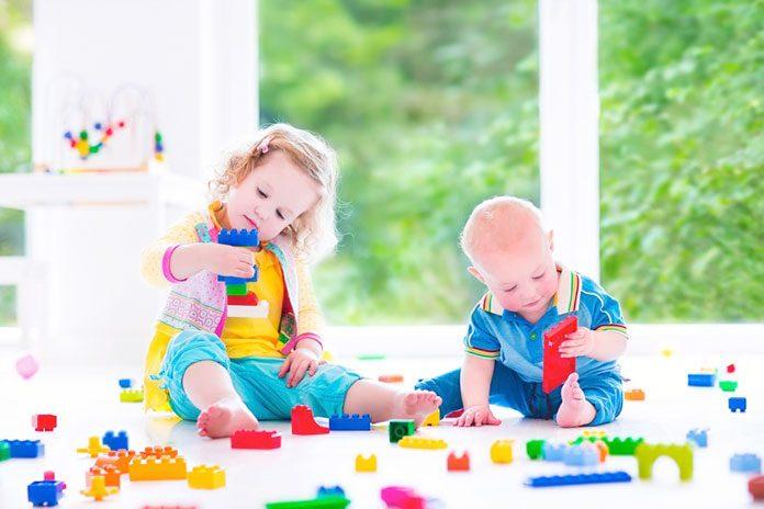 Co zrobić kiedy dziecko połknie przedmiot?