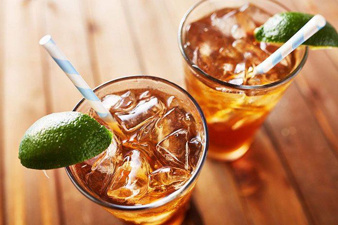 Czy zimna herbata traci swoje właściwości?