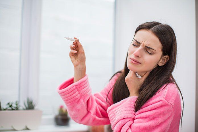 Zwalcz ból gardła szybko i skutecznie – poznaj najlepsze sposoby