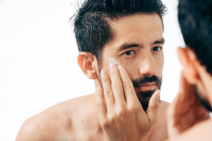 Pielęgnacja twarzy 24 godziny na dobę – jaki krem na noc powinieneś wybrać?
