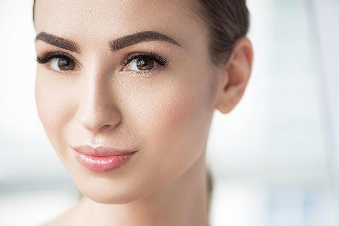 Podkłady matujące — perfekcyjna baza pod makijaż