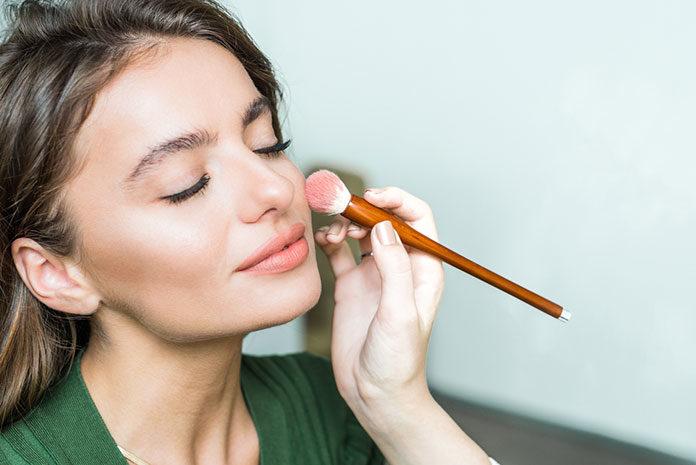 Gdzie najlepiej wybrać się na kurs makijażu? Oferta Face Fabric