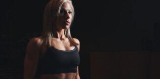Jak skompletować damski strój na siłownię